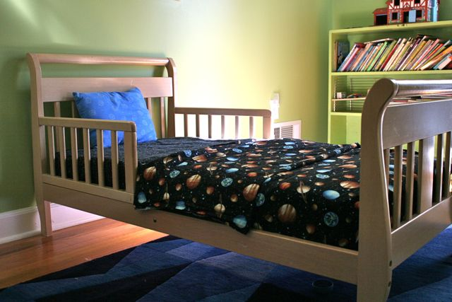 space toddler bed sheets