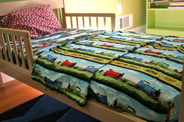 thomas toddler sheets