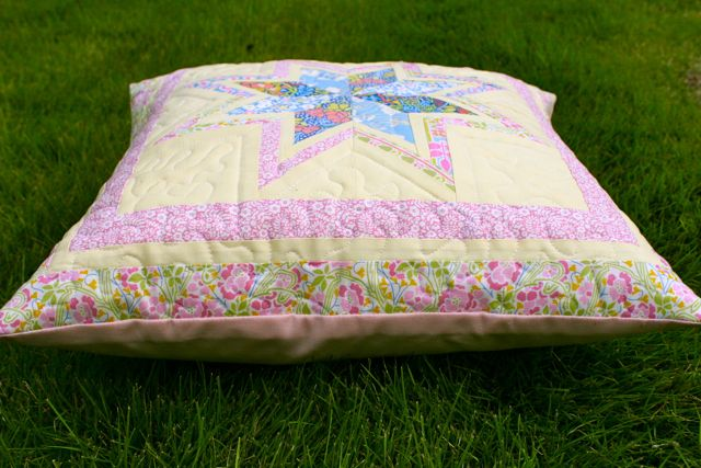 liberty bordered star pillow