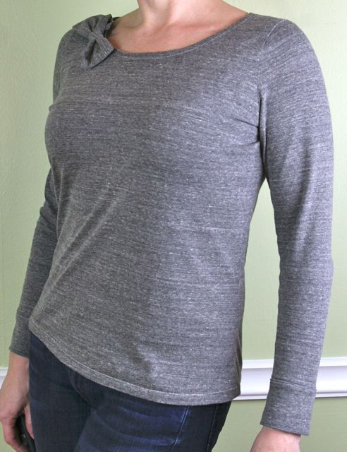heathered grey self drafted tee