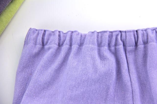 elastic back closeup