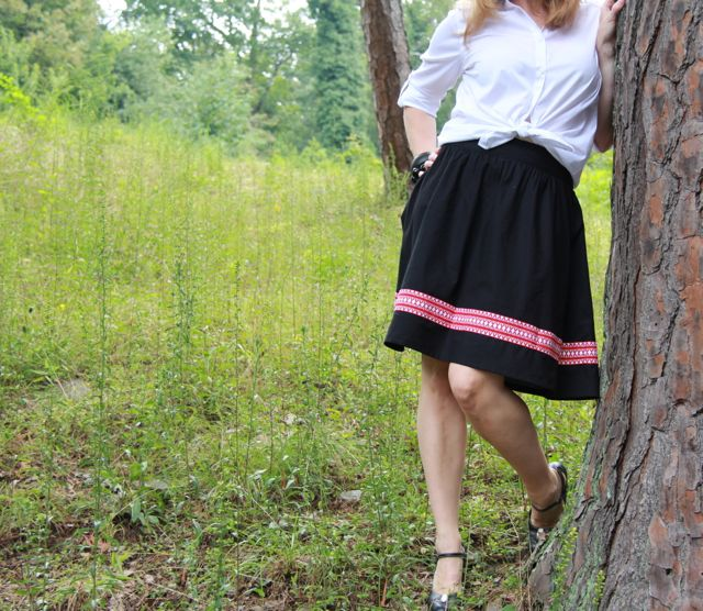 black skirt and white blouse a classic Get Up and Go Skirt look