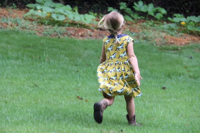 Flip Flop Dress with Peter Pan collar and cap sleeves