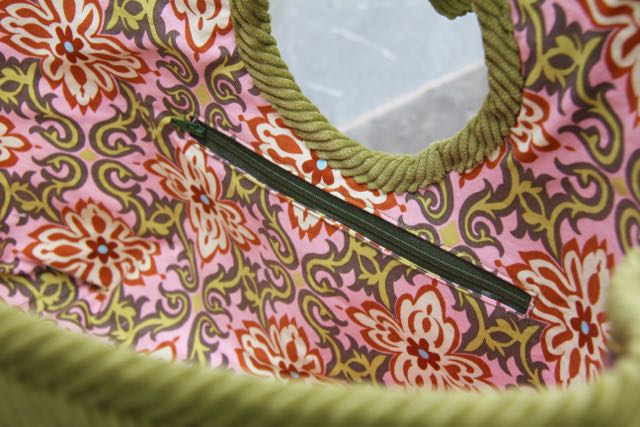 inset zipper pocket on tote bag