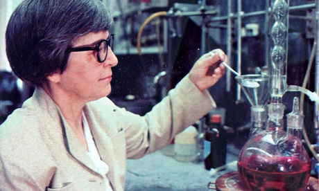 Stephanie Kwolek, chemist and inventor of Kevlar, with laboratory equipment, DuPont