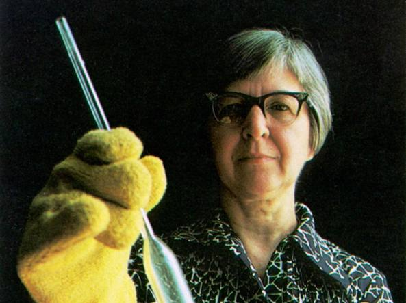 stephanie kwolek test tube