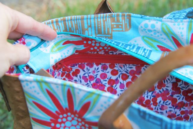 supertote interior pocket